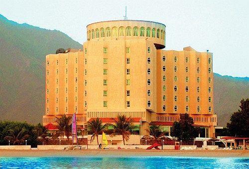 Отель Oceanic Khorfakkan Resort & Spa 4*, Корфаккан - фото 2