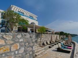 Горящие туры в отель Love Live 4*, Сутоморе, Черногория