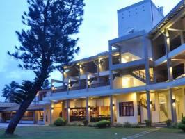Горящие туры в отель Laya Beach 4*, Ваддува, Шри Ланка