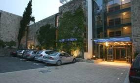 Горящие туры в отель Bluesun Berulia Hotel 4*,