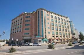 Горящие туры в отель Cesar Palace Casino 4*,