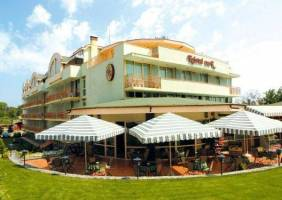 Горящие туры в отель Kristel Park 3*, Кранево, Филиппины