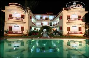 Горящие туры в отель Hotel Cary`s 2*, Калангут,