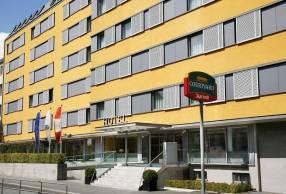 Горящие туры в отель Courtyard By Marriott Wien Schoenbrunn 4*, Вена,
