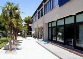 Горящие туры в отель Uranija 2*, Башка Вода, Хорватия