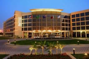 Горящие туры в отель Centro Sharjah Rotana 3*, Шарджа, ОАЭ