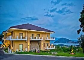 Горящие туры в отель Enastron Hotel 4*, Касторья, Греция