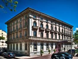 Горящие туры в отель Chateau Monfort 5*, Милан,