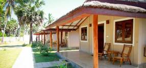 Горящие туры в отель Divyaa Lagoon Resort 5*, Калпития, Шри Ланка 5*,