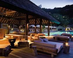 Горящие туры в отель Four Seasons Resort 5*, о. Маэ,