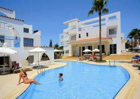 Горящие туры в отель Petrosana 3*, Айя Напа, Кипр