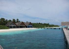 Горящие туры в отель Four Seasons Resort Maldives at Landaa Giraavaru 5*, Мале,