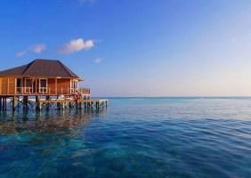 Горящие туры в отель Kuredu Island Resort 4*, Мале, Мальдивы