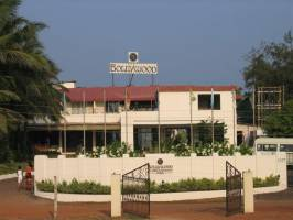 Горящие туры в отель Bollywood Sea Queen 3*, ГОА южный,