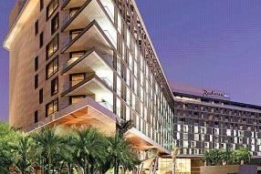 Горящие туры в отель Radisson Blu Yas Island 4*, Абу Даби, ОАЭ