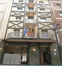 Отель Sant Jordi 2*,  - фото 1
