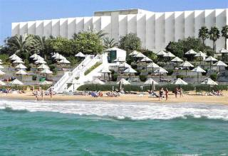 Отель Bin Majid Beach Hotel 4*+ Auris Deira Apt 4*, , ОАЭ - фото 1