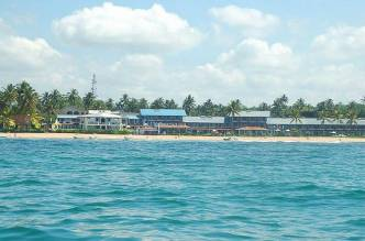 Отель Coral Sands Hotel 3*, Хиккадува, Шри Ланка - фото 1