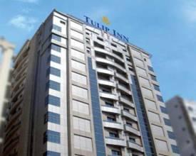 Отель Tulip Inn Sharjah 4*, Шарджа, ОАЭ - фото 1