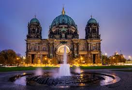 Горящий тур Берлин-Потсдам-Брюссель-Брюгге-Париж-Версаль-Кельн-Краков 99 eur* , автобусный тур - купить онлайн