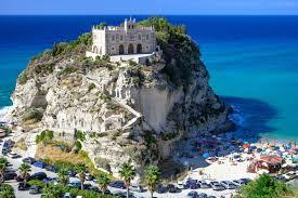 Горящий тур Италия с отдыхом на море и экскурсиями в Рим и Флоренцию, автобусный тур от 418 eur - купить онлайн