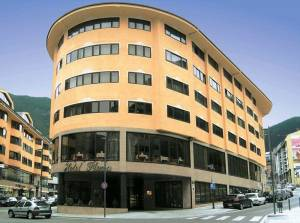 Горящий тур Plaza Andorra La Vella - купить онлайн