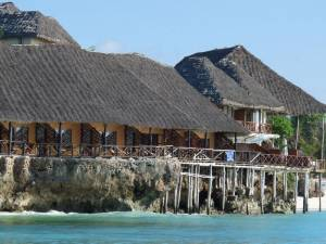 Горящий тур Amaan Bungalows Beach Resort - купить онлайн