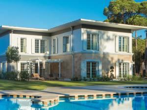 Горящий тур Azure Villas By Cornelia - купить онлайн