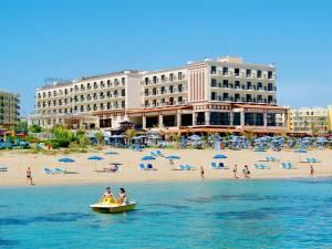 Горящий тур Constantinos The Great 4*, Протарас, Кипр - купить онлайн