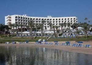 Горящий тур Golden Coast 4*, Протарас, Кипр - купить онлайн