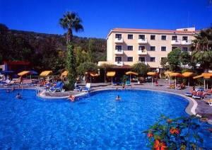 Горящий тур Narcissos Hotel апт., Протарас, Кипр - купить онлайн