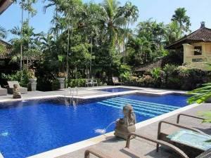 Горящий тур Taman Harum Cottages - купить онлайн