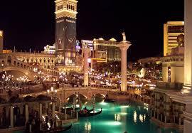 Отель Новый Год в Италии 238 eur , автобусный тур,для туристов с визами *,  - фото 1