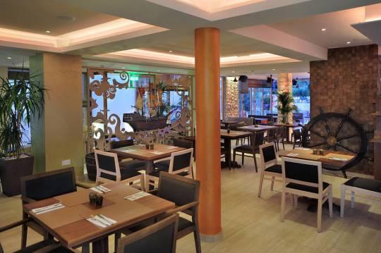 Отель Nelia Gardens 4*,  - фото 3
