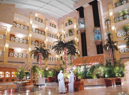 Отель Al Ain Rotana 5*,  - фото 3