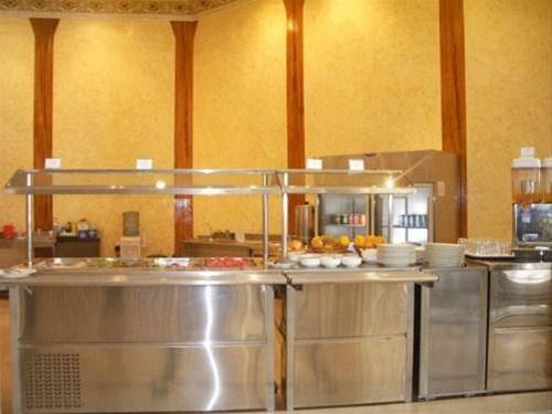 Отель Crown Palace Hotel 3*,  - фото 6