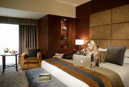 Отель Al Ain Rotana 5*,  - фото 10