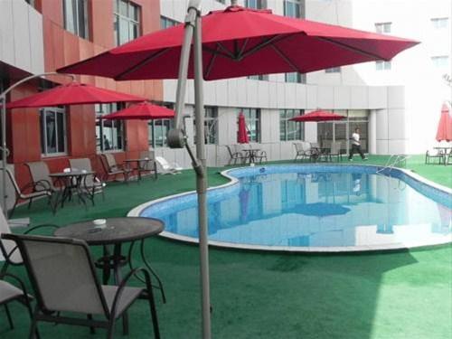 Отель Crown Palace Hotel 3*,  - фото 2