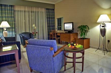 Отель Al Ain Rotana 5*,  - фото 6