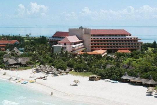 Отель Breezes Bella Costa 4*,  - фото 3