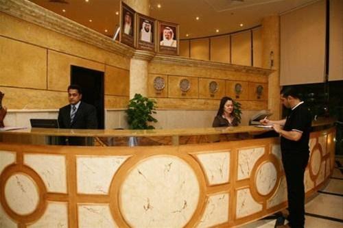 Отель Crown Palace Hotel 3*,  - фото 3