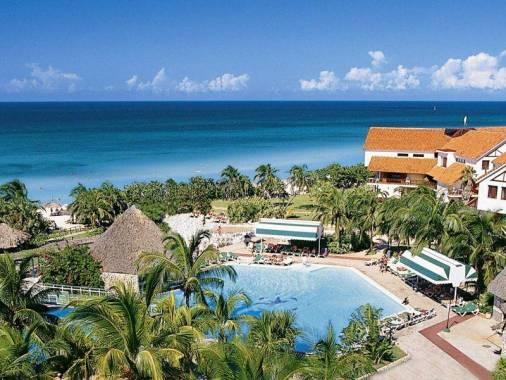 Отель Breezes Bella Costa 4*,  - фото 2