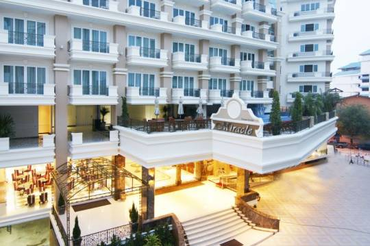 Отель Таиланд, Паттайя, Miracle Suite 4 **** *,  - фото 1