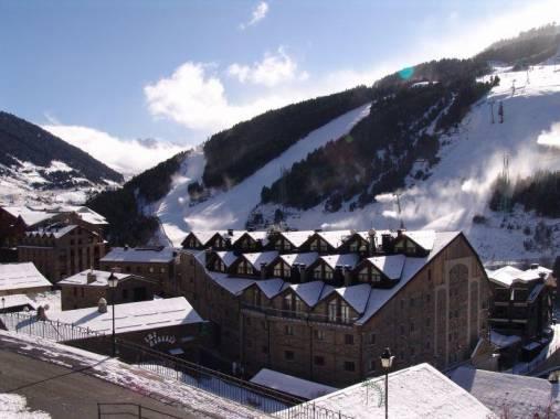 Отель Himalaia Soldeu 4*,  - фото 1